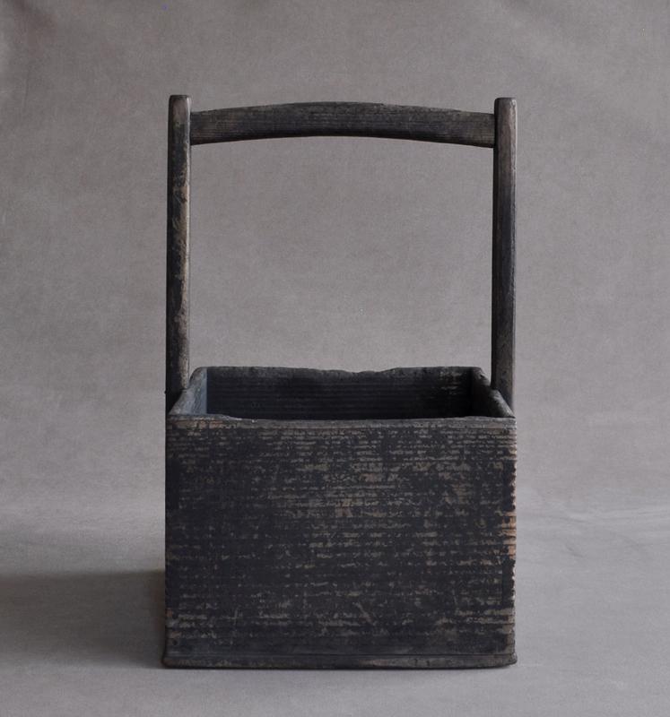 Japanese wooden hako-sumitori box for tea ceremony