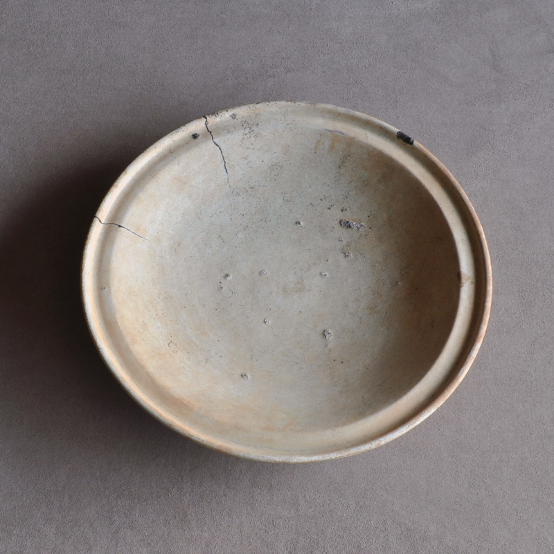 Salvaged Chinese pottery plate 13-15c