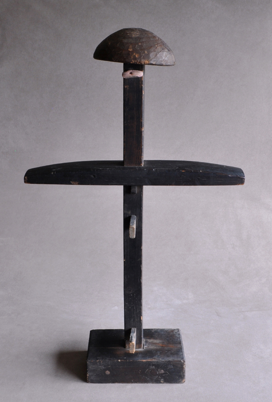 SKELETON – Antique Japanese wooden armor stand